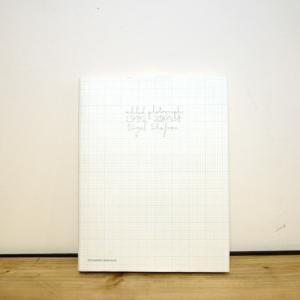 <img class='new_mark_img1' src='https://img.shop-pro.jp/img/new/icons50.gif' style='border:none;display:inline;margin:0px;padding:0px;width:auto;' />Nigel Shafran(ナイジェル・シャフラン)『edited photographs 1992-2004』Steidl(シュタイデル)