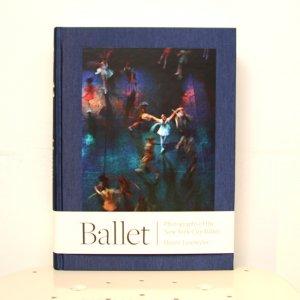 <img class='new_mark_img1' src='https://img.shop-pro.jp/img/new/icons50.gif' style='border:none;display:inline;margin:0px;padding:0px;width:auto;' />Henry Leutwyler(ヘンリー・ルートワイラー)『Ballet』Steidl(シュタイデル)