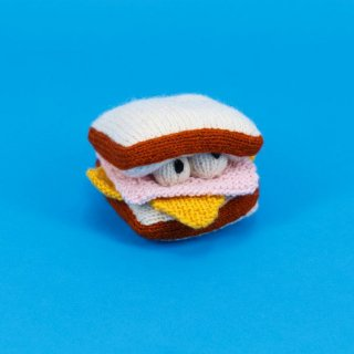 <img class='new_mark_img1' src='//img.shop-pro.jp/img/new/icons14.gif' style='border:none;display:inline;margin:0px;padding:0px;width:auto;' />Hand Knit Ham & Cheese(ハンド・ニット・ハム&チーズ)