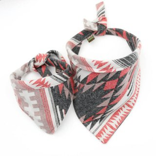 <img class='new_mark_img1' src='https://img.shop-pro.jp/img/new/icons14.gif' style='border:none;display:inline;margin:0px;padding:0px;width:auto;' />Taos Red Flannel Dog Bandanas (タオス・レッド・フランネル・ドッグ・バンダナ)