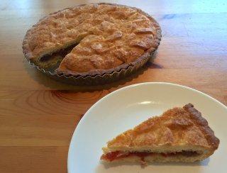 【お菓子の通販】Rhubarb & raspberry jam tart ルバーブ&ラズベリージャムタルト 18cmホール