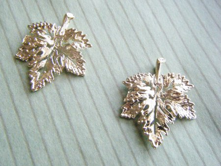 カエデの葉っぱチャーム メープル 2個セット