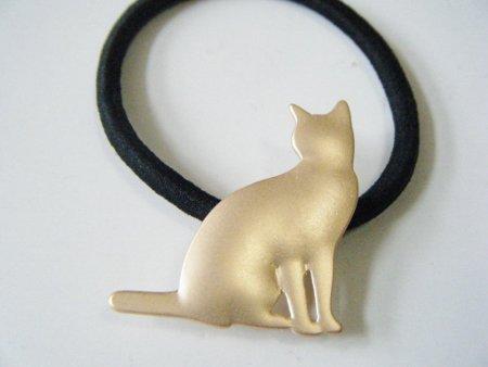 ネコのヘアゴム ゴールド