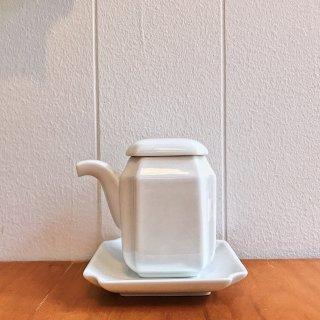 【波佐見焼】レトロ醤油さし(皿つき)