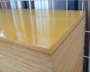 塗装コンパネ(JAS品)(ベニヤ板) 12x900x898 約6kg