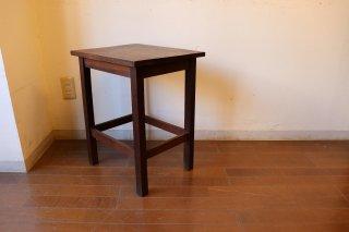 アンティーク オークの小さなサイドテーブル