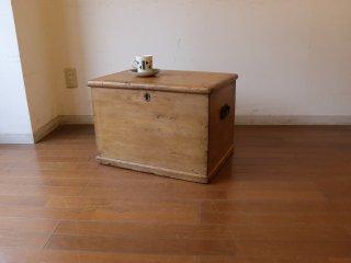 アンティークパイン 小さなブランケットボックス