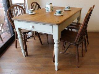 アンティークパイン W120白脚テーブル