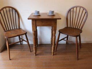 アンティークパイン 小さなカフェテーブル