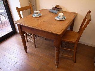 アンティークパイン 正方形テーブル(キャスター付)