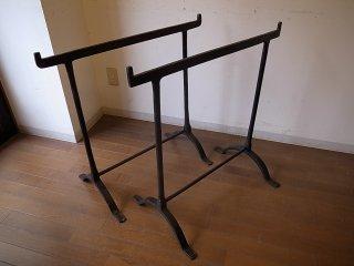 アンティーク テーブルのアイアン脚のみ