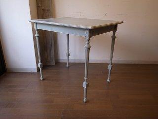 ビンテージ 小さなペイントテーブル
