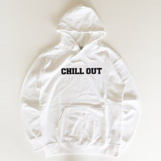 <img class='new_mark_img1' src='//img.shop-pro.jp/img/new/icons1.gif' style='border:none;display:inline;margin:0px;padding:0px;width:auto;' />CHILL OUT<br>RELAXING CLOTHES<br>Logo Hooded Sweat<br>WHITE