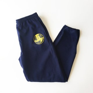 <img class='new_mark_img1' src='https://img.shop-pro.jp/img/new/icons1.gif' style='border:none;display:inline;margin:0px;padding:0px;width:auto;' />BOOK WORKS<br>Globe Emblem Sweatpants<br>NAVY