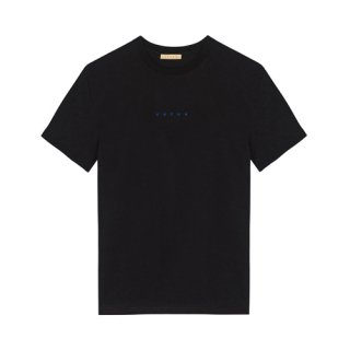 <img class='new_mark_img1' src='https://img.shop-pro.jp/img/new/icons1.gif' style='border:none;display:inline;margin:0px;padding:0px;width:auto;' />FUTUR<br>LOGO TEE<br>BLACK