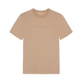 <img class='new_mark_img1' src='https://img.shop-pro.jp/img/new/icons1.gif' style='border:none;display:inline;margin:0px;padding:0px;width:auto;' />FUTUR<br>LOGO TEE<br>SAND