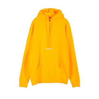<img class='new_mark_img1' src='https://img.shop-pro.jp/img/new/icons1.gif' style='border:none;display:inline;margin:0px;padding:0px;width:auto;' />SAINTWOODS<br>Classic Logo Hoodie<br>GOLD