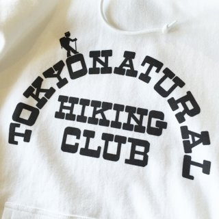 <img class='new_mark_img1' src='//img.shop-pro.jp/img/new/icons47.gif' style='border:none;display:inline;margin:0px;padding:0px;width:auto;' />NATURAL HIKING CLUB<br>ナチュラルハイキングクラブ<br>NHC FRONT LOGO HOODIE