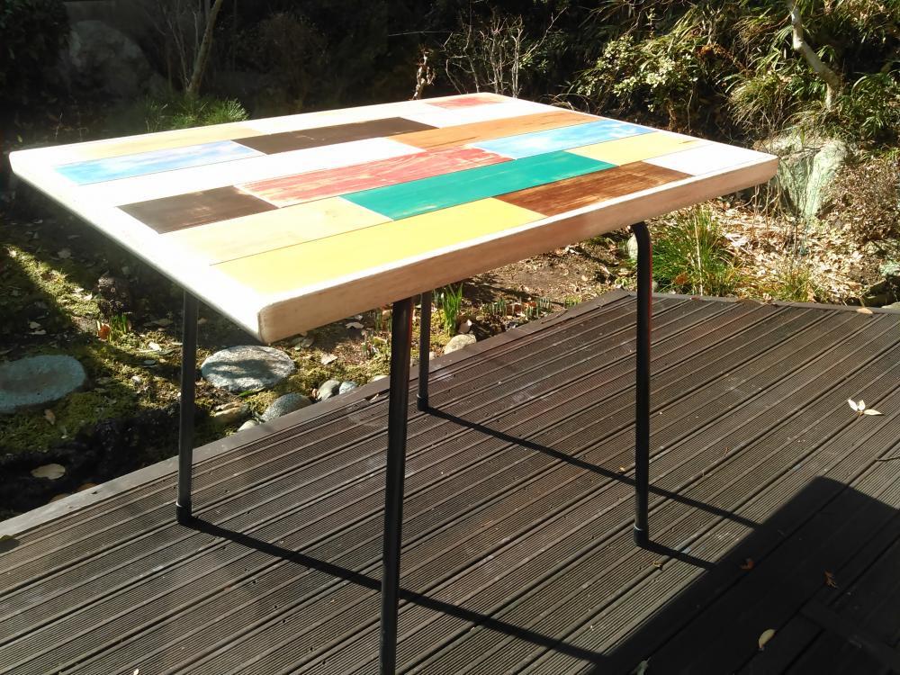 パッチワークテーブル