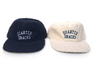QUARTER SNACKS [クウォータースナックス]  ARCH LOGO FLEECE CAP