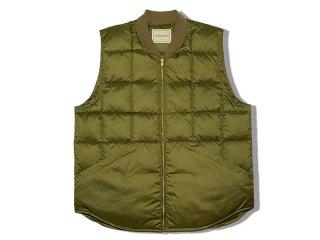 COMFORTABLE REASON [コンフォータブル リーズン] Rip-Stop Down Vest