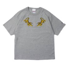 "A New Dawn Bathes The World In A Fresh Light. by mo ""TIGER Embroid Tee"" gray -candyrim exclusive-"