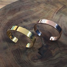 <img class='new_mark_img1' src='https://img.shop-pro.jp/img/new/icons14.gif' style='border:none;display:inline;margin:0px;padding:0px;width:auto;' />TRAD MARKS SOLID BANGLE -925 silver- YG & PG