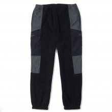 <img class='new_mark_img1' src='//img.shop-pro.jp/img/new/icons14.gif' style='border:none;display:inline;margin:0px;padding:0px;width:auto;' />Hombre Nino FLEECE PANTS