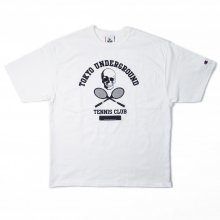 <img class='new_mark_img1' src='https://img.shop-pro.jp/img/new/icons14.gif' style='border:none;display:inline;margin:0px;padding:0px;width:auto;' />TOKYO UNDERGROUND TENNIS CLUB SKULL LOGO 7oz T-SHIRTS