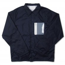 <img class='new_mark_img1' src='//img.shop-pro.jp/img/new/icons14.gif' style='border:none;display:inline;margin:0px;padding:0px;width:auto;' />RAVENIK PVC POCKET COACH JACKET