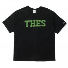 <img class='new_mark_img1' src='//img.shop-pro.jp/img/new/icons14.gif' style='border:none;display:inline;margin:0px;padding:0px;width:auto;' />THE FABRIC OLD THES TEE -black-