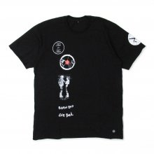 "AKA SIX simon barker × FRAGMENT DESIGN ""PATCHES TEE"""