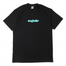 <img class='new_mark_img1' src='//img.shop-pro.jp/img/new/icons14.gif' style='border:none;display:inline;margin:0px;padding:0px;width:auto;' />SAYHELLO BASMATI LOGO S/S TEE -black-