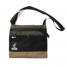 <img class='new_mark_img1' src='//img.shop-pro.jp/img/new/icons14.gif' style='border:none;display:inline;margin:0px;padding:0px;width:auto;' />RIDE BAG SACOSHE -olive rip-