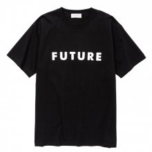 <img class='new_mark_img1' src='//img.shop-pro.jp/img/new/icons14.gif' style='border:none;display:inline;margin:0px;padding:0px;width:auto;' />POET MEETS DUBWISE FUTURE T-Shirt -black-