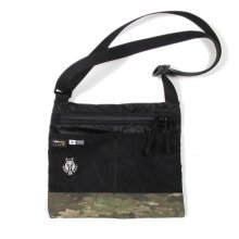 <img class='new_mark_img1' src='//img.shop-pro.jp/img/new/icons14.gif' style='border:none;display:inline;margin:0px;padding:0px;width:auto;' />RIDE BAG SACOSHE -black rip × camo-