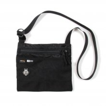 <img class='new_mark_img1' src='//img.shop-pro.jp/img/new/icons14.gif' style='border:none;display:inline;margin:0px;padding:0px;width:auto;' />RIDE BAG SACOSHE -black-