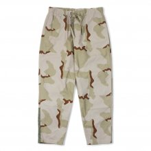 <img class='new_mark_img1' src='https://img.shop-pro.jp/img/new/icons14.gif' style='border:none;display:inline;margin:0px;padding:0px;width:auto;' />TRANSPORT Camouflage Easy Pants -Desert-