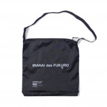 <img class='new_mark_img1' src='https://img.shop-pro.jp/img/new/icons14.gif' style='border:none;display:inline;margin:0px;padding:0px;width:auto;' />CANDYRIM -wareline- SQUARE SHOULDER BAG -black-
