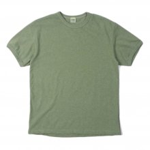 <img class='new_mark_img1' src='https://img.shop-pro.jp/img/new/icons14.gif' style='border:none;display:inline;margin:0px;padding:0px;width:auto;' />THE FABRIC Plain Tee -olive-