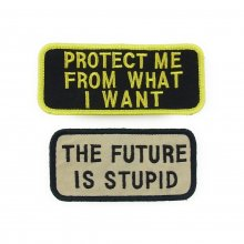 <img class='new_mark_img1' src='//img.shop-pro.jp/img/new/icons14.gif' style='border:none;display:inline;margin:0px;padding:0px;width:auto;' />JENNY HOLZER -vintage wappen- SET