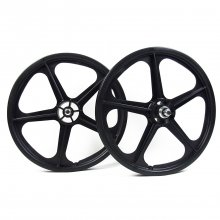 <img class='new_mark_img1' src='//img.shop-pro.jp/img/new/icons14.gif' style='border:none;display:inline;margin:0px;padding:0px;width:auto;' />SKYWAY 20inch TUFF WHEEL 2 BLACK