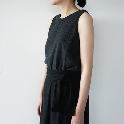 triple gauze sleeveless pullover