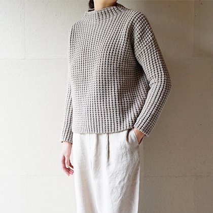 wool aze high necked pullover
