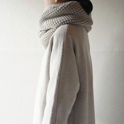 wool aze loop stole