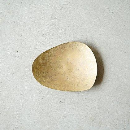真鍮石形器 中 �