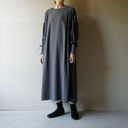 月暈のprayer dress