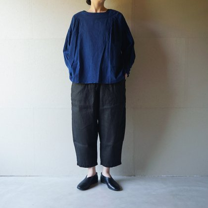 紺青のprayer pullover blouse