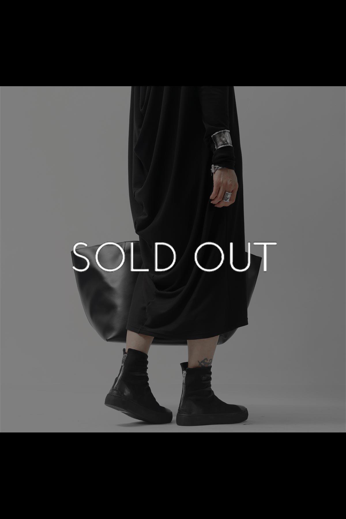 BACK DRAPE LONG SLEEVES DRESS 821923_BLACK