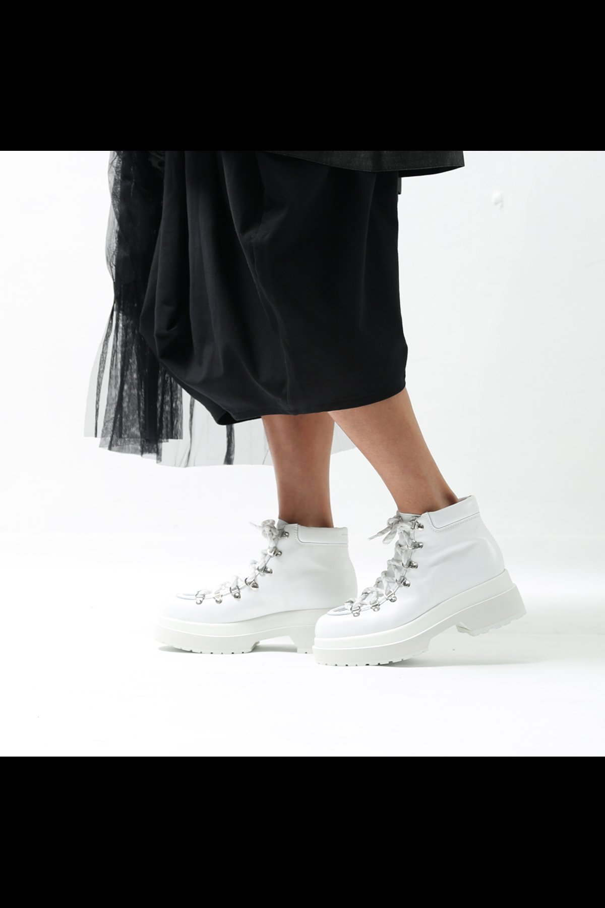 TREKKING ANKLE BOOTS WHITE S59WU0080  P2233